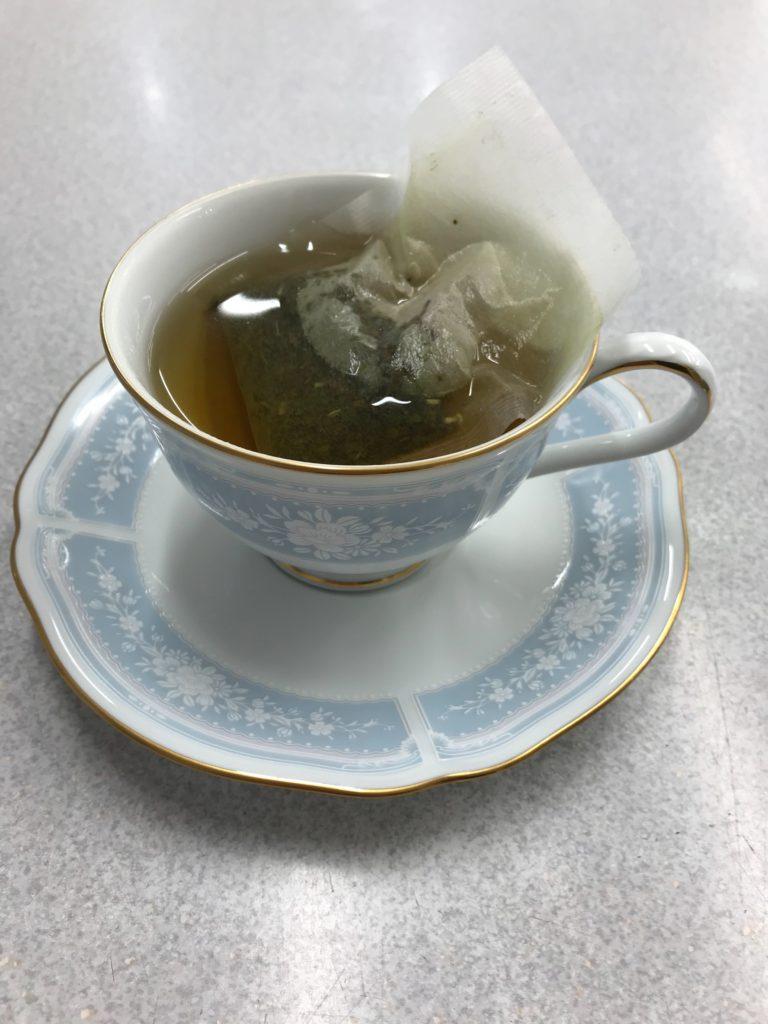 キャンデト茶おためし360円